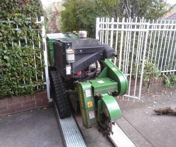 stump-grinding-equipment
